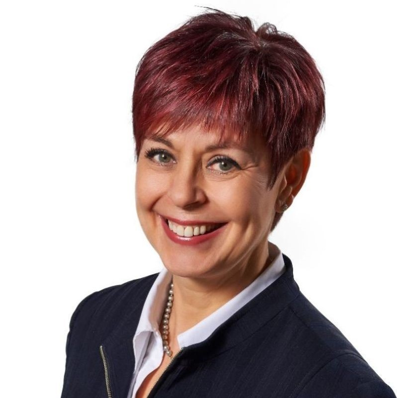 <hr></hr>Chantal Guay <br>Chief Executive Officer <br>Standards Council of Canada